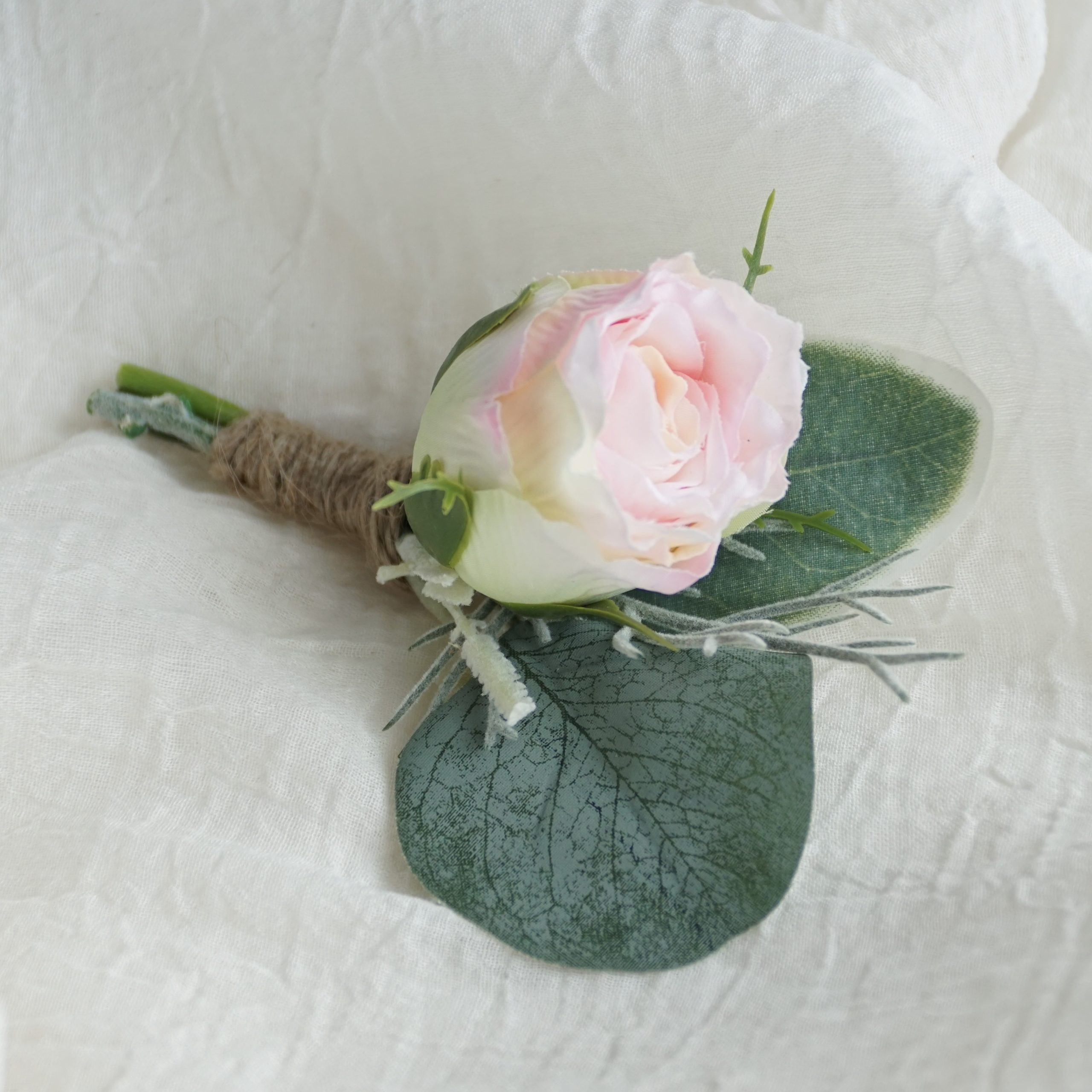 Light Pink Rose Bud 1 Buttonhole